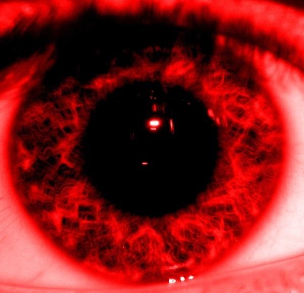 Eyed!?!?? by anpix