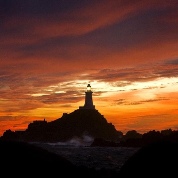 Corbiere Lighthouse by richardolivermartin