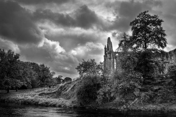 Bolton Abbey by Steve Cribbin