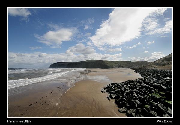 Hummersea cliffs by oldgreyheron