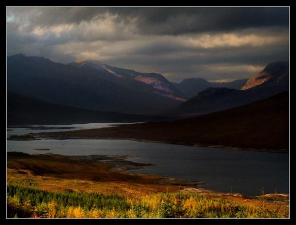 Light at Loch Loyne by AliMurray