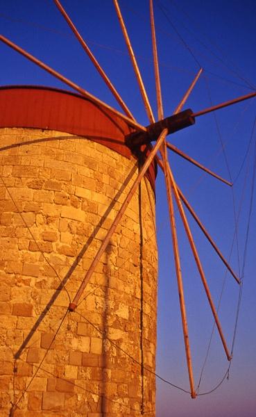 windmill by wavey