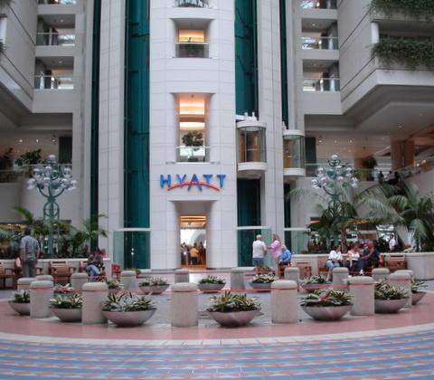 Hyatt Hotel at Orlando Airport by shoppingdolly