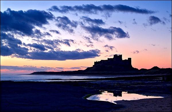 Bamburgh pre-dawn by DLLP