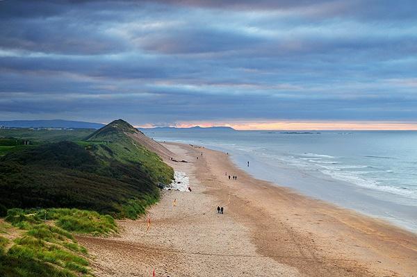 White Rocks Beach by mcsimeyb