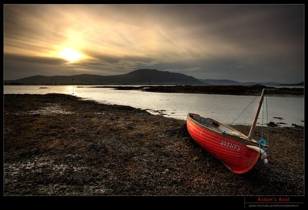 Robyn\'s Boat by garymcparland