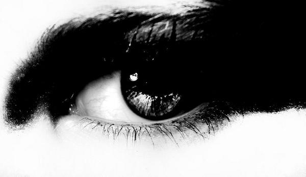 Eyes by Panicat_thedisco