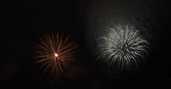 Manfield Fireworks by palmypom