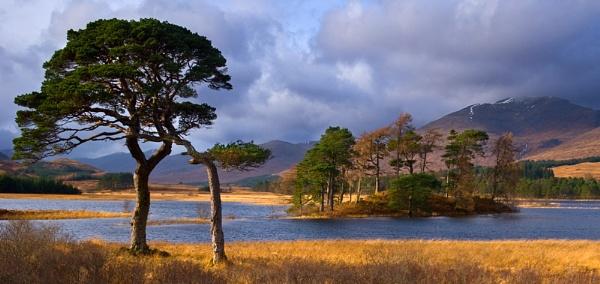 Loch Tulla 2008 by Skinz