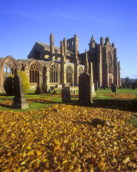 Melrose Abbey by hwatt