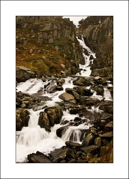 Ogwen Falls, Snowdonia by Banditman