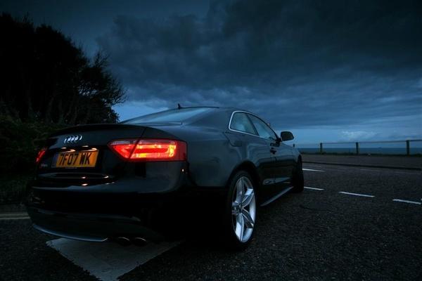 Audi S5 by moonlightallan