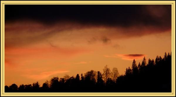 Sunset by benteb