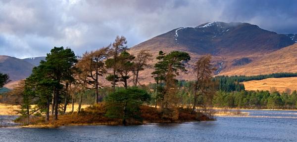 Stob Ghabar & Loch Tulla by Skinz