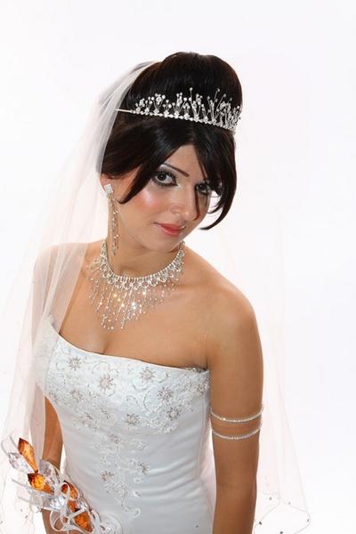 Iranian Princess by muzzeyman