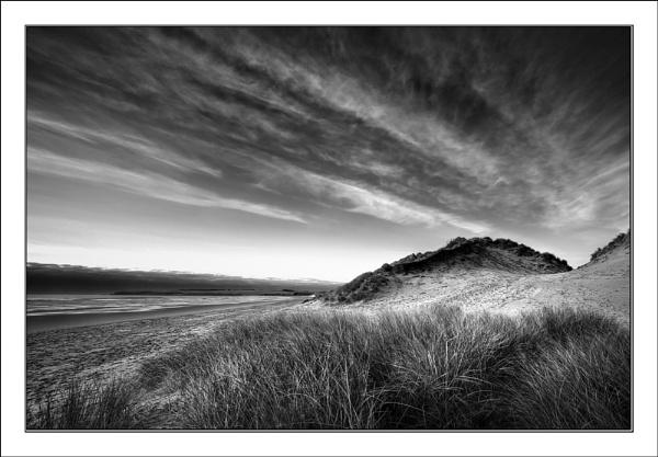 Dunes Mono by allanC