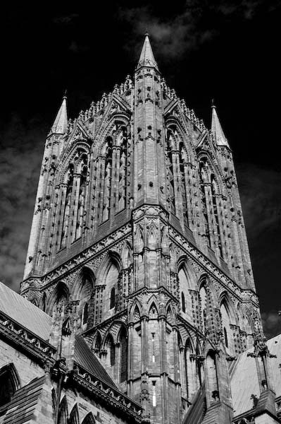 Lincoln Cathedral by DerekLG