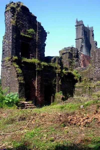 more ruins by ianofarabiaz