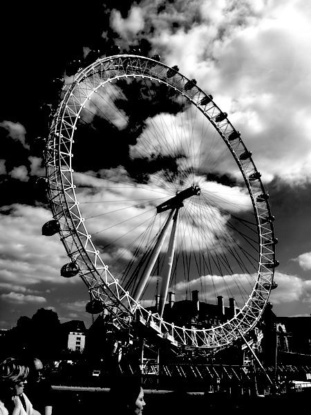 The Eye of London. by Charteris