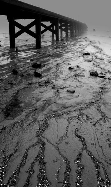 Thames Jetty 3 by derekhansen