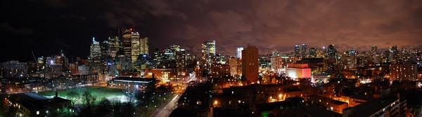 Toronto Skyline by chrismason