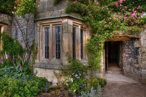 Haddon Hall Doorway by ednys