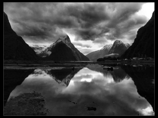Milford Sound by whoami2b