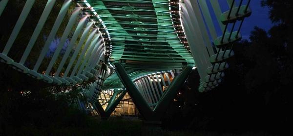 Under the bridge by jholmes