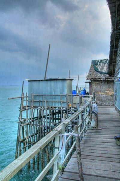 malaysian fishing platform by danielwaters