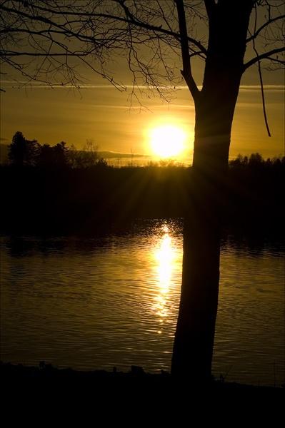 Sunset lake #2 by DerekLG