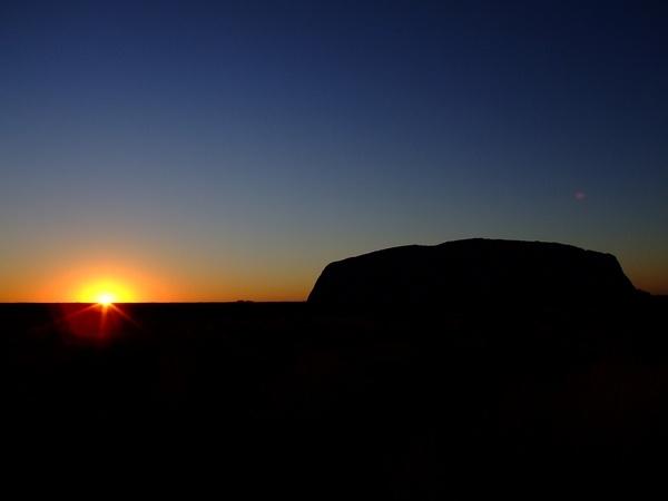 Sun Rise, Uluru by harlequinarcher