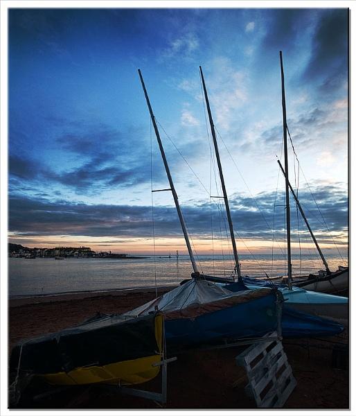 Shaldon Masts by RockArea