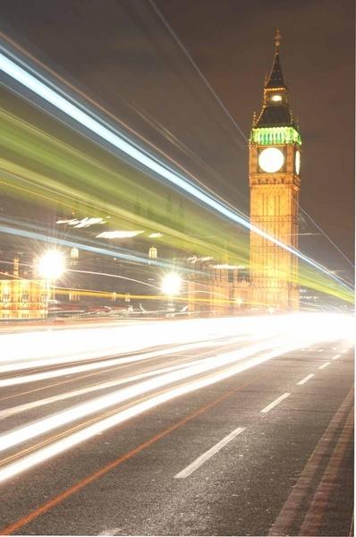 Big Ben at night by dickbulch