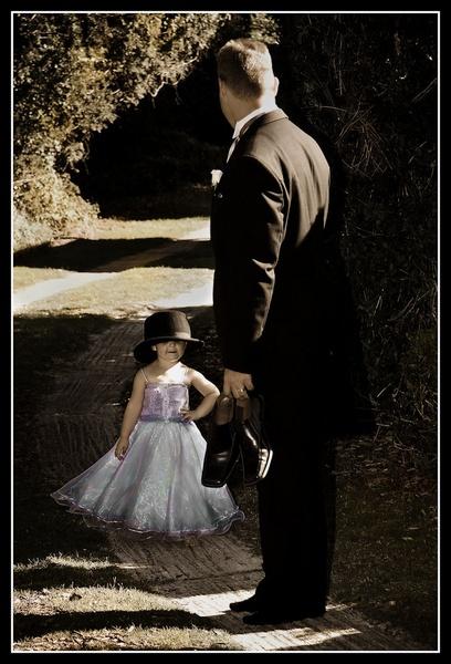 Wedding Candid by challicew