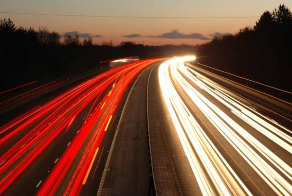M11 traffic trails by dickbulch