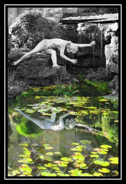 Falling by Swanvio