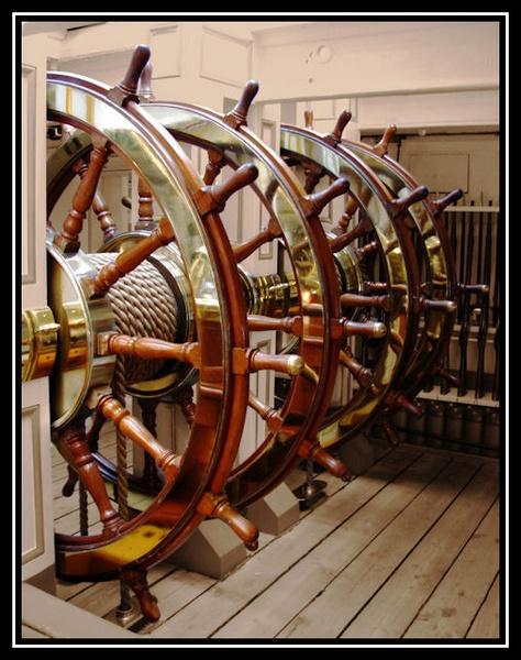 Ships Wheel by Swanvio
