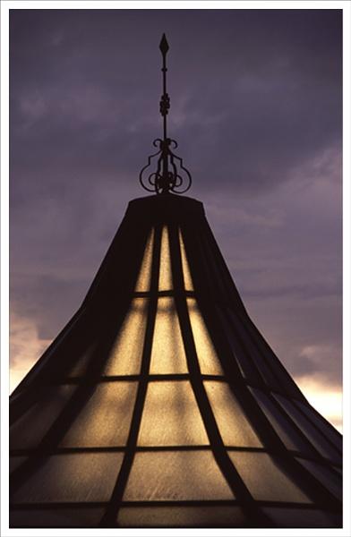 Kew light. by rontear