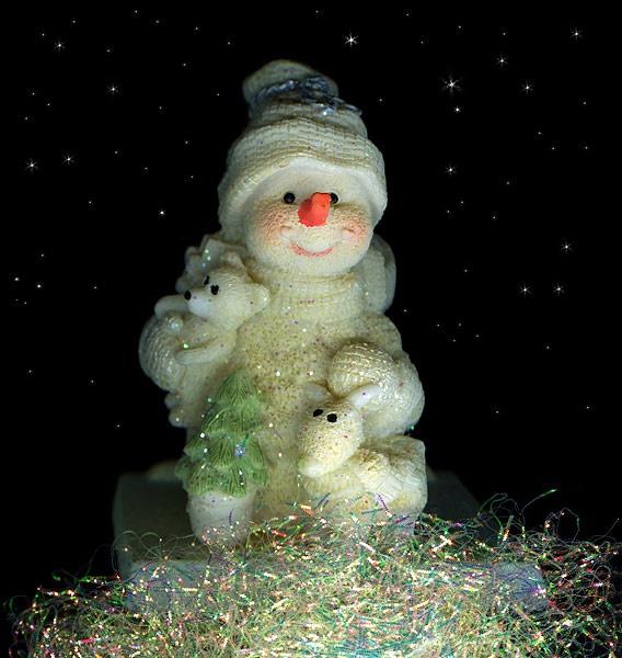 FROSTY THE SNOWMAN by magda_indigo