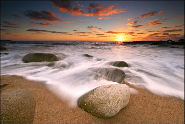 Hendra Sunset by renavatio
