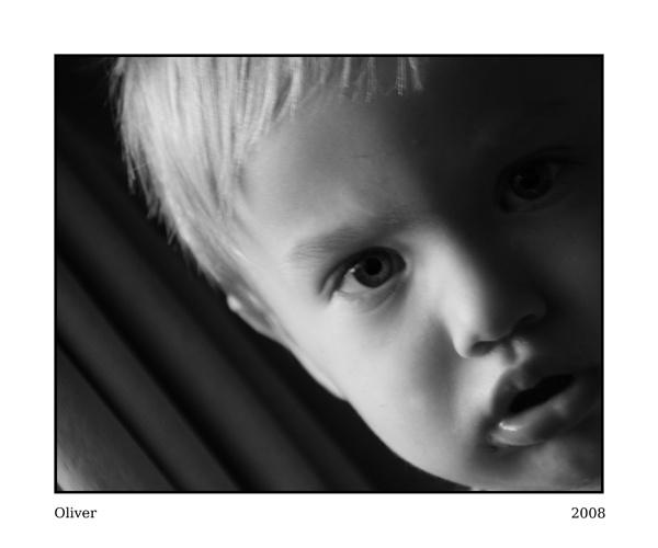 Oliver by TinyTog