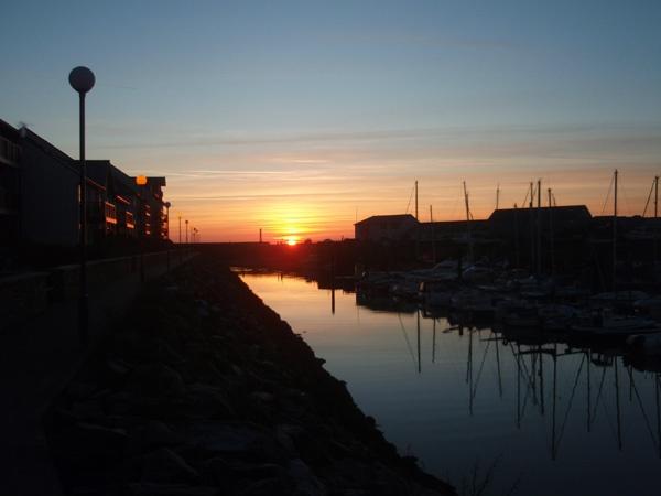 Marina at sunset by catrinarthur