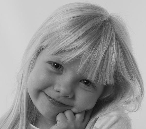 My Little Poser by Serkta