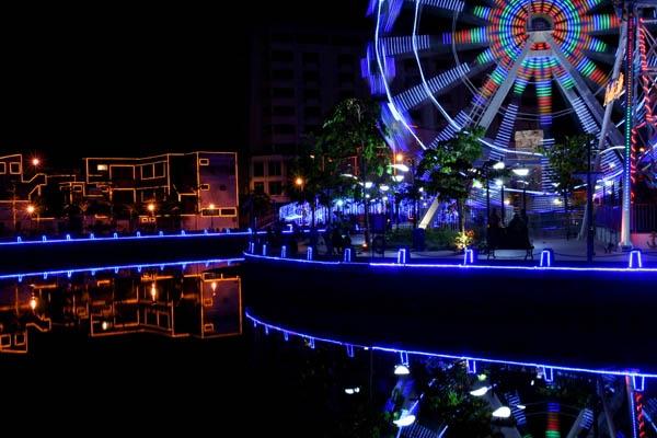 Malaysian nightlife by danielwaters