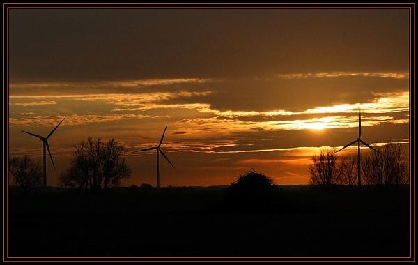 Turbine Sunset by fentiger