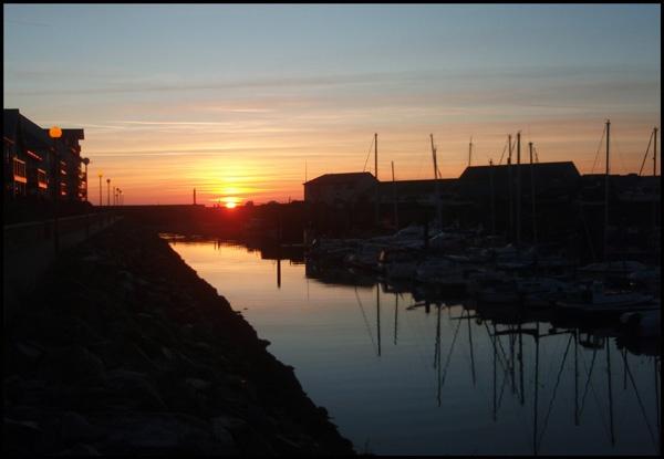 Marina at sunset, crop by catrinarthur