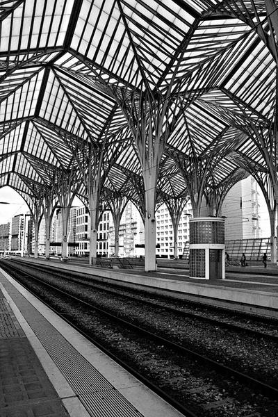 Oriente Station by DavidGresham