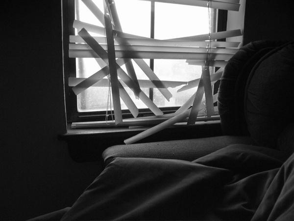 Broken by dreamflower