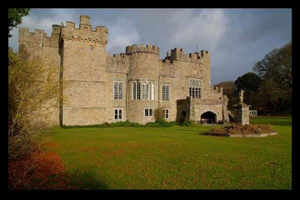 Featherstone Castle 2 by jdenman