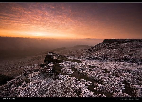 Icy Dawn by martinl
